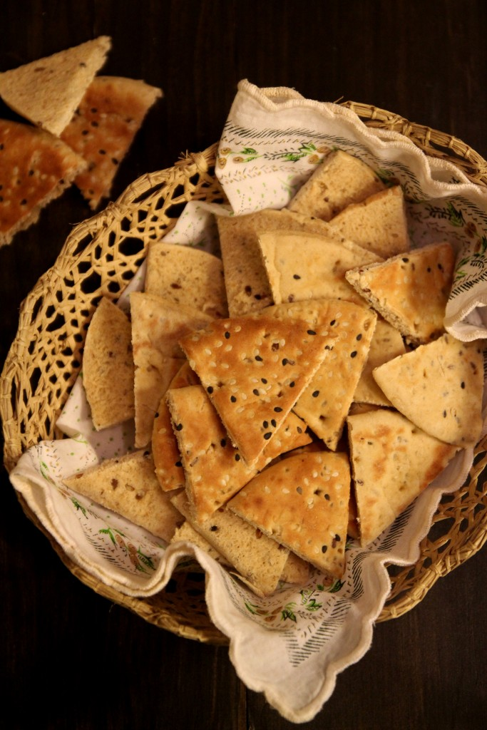 Roasted Red Pepper Dip with Pita Toasts1