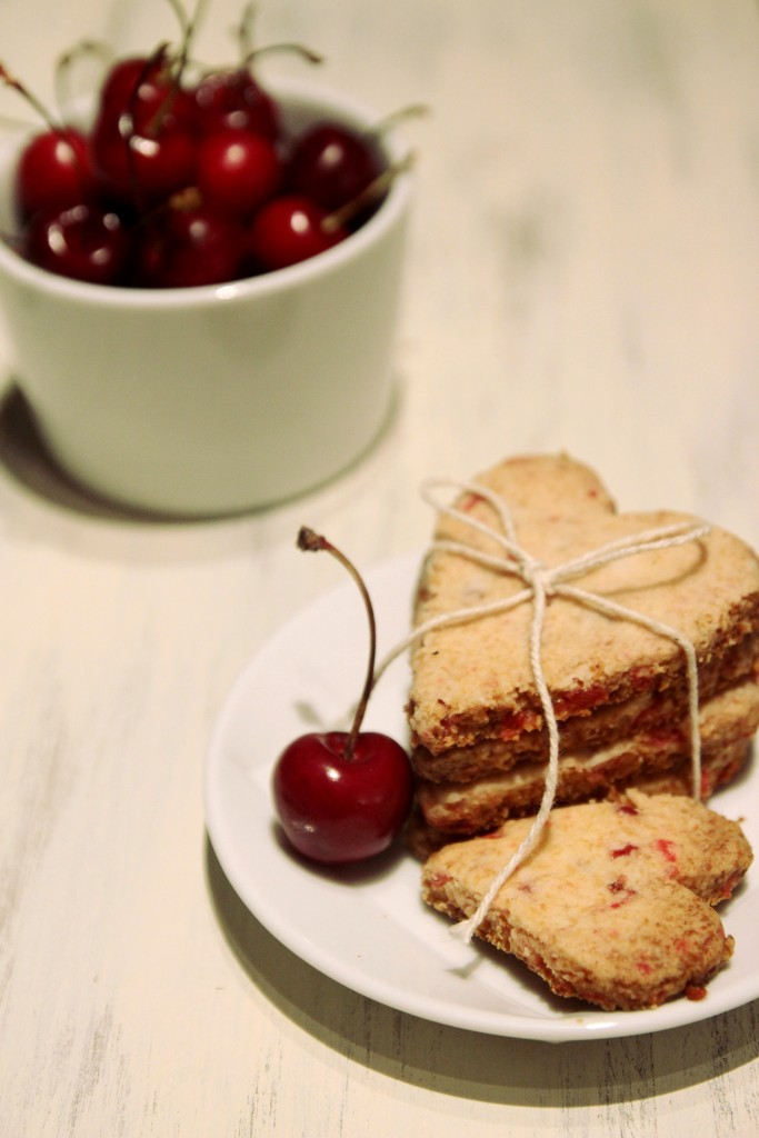 Grain-free Cherry Shortbread Cookies3