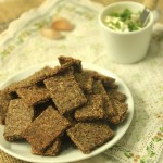 Grain-free Flax Garlic Crackers + Live your story.