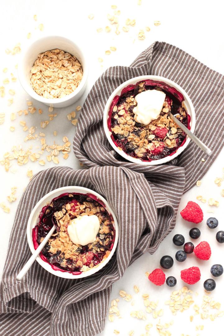 Gluten-free Mixed Berry Crisp