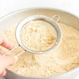 Easy 5-Minute Homemade Cashew Flour