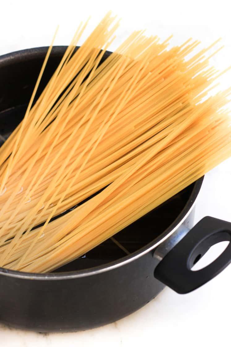 Mushroom Spaghetti Aglio Olio (Gluten-free, Vegan)