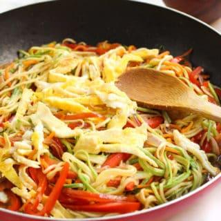 Vegetarian Zucchini Noodle Stir Fry